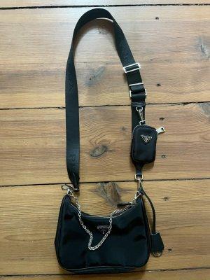 Re-Edition Tasche aus Nylon mit Pouch