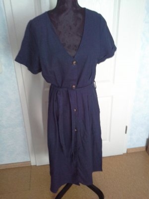 Rebellion Kleid L 40 tailliert mit Leinen