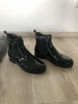 RED Valentino Chelsea Boots black
