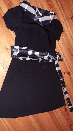 Reduziert_angesagtes Berliner Designerkleid von Mony Novy