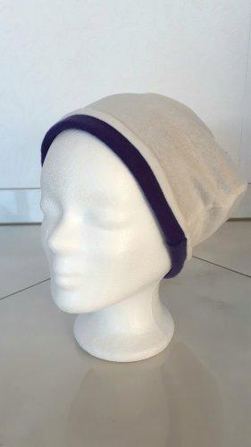 Bonnet bleu violet