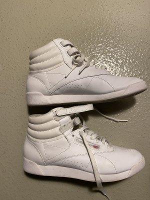 Reebok High Top Sneaker