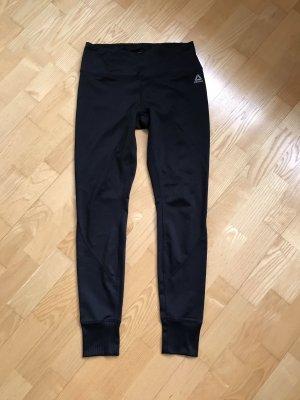 Reebok pantalonera negro