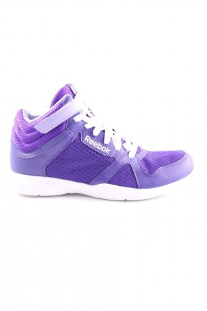 Reebok Lace-Up Sneaker lilac casual look