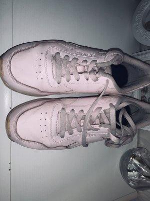 Reebok Lace-Up Sneaker light pink