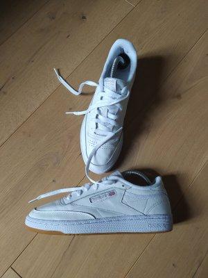 Reebok Sneaker Club C 85 Turnschuhe Retro Klassiker