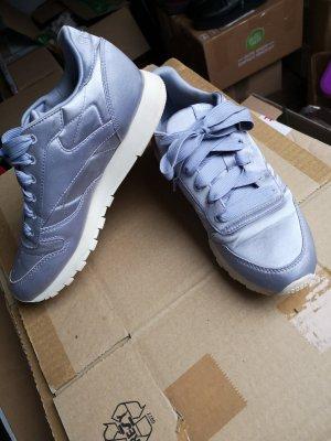 Reebok Sneaker Schuhe Satin Optik Glanz Flieder lila