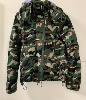 Regenjacke, Windbreaker in Camouflage von superdry