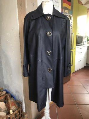 Manteau de pluie bleu foncé