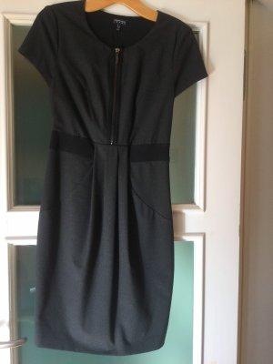 Reißverschluss Kleid