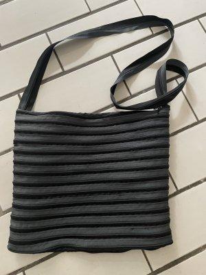 Reisverschluss Tasche