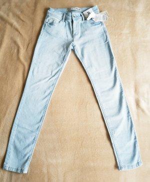 Relaxed Skinny Jeans/Denim