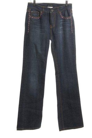 Rena Lange Vaquero de corte bota azul-rosa look casual