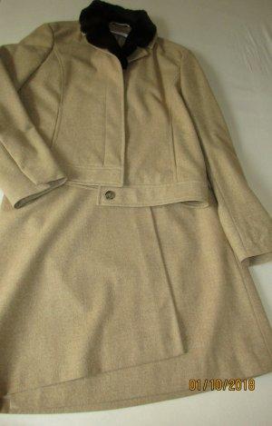 René Lezard Ladies' Suit sand brown wool