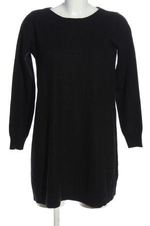 Repeat Vestido de lana negro look casual