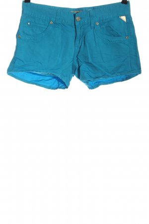 Replay Pantalón corto azul look casual