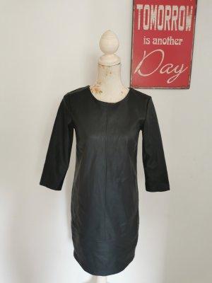 Reserved Robe en cuir noir polyuréthane