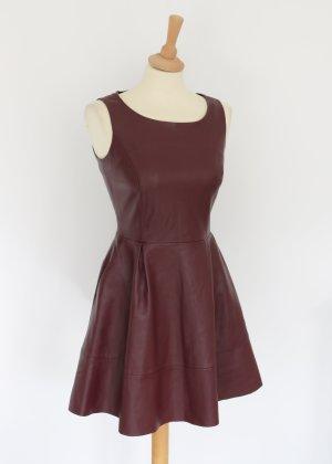 Reserved Vestido de cuero rojo amarronado-burdeos Imitación de cuero