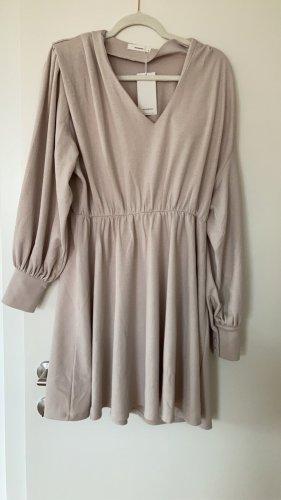 Reserved- Hellbeiges Kleid