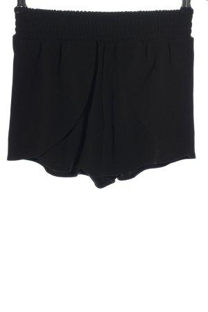 Reserved Pantalón corto de talle alto negro look casual