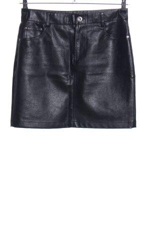 Reserved Jupe en cuir synthétique noir élégant