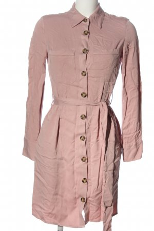 Reserved Abito a maniche lunghe rosa stile casual