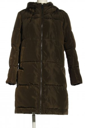 Reserved Gewatteerde jas bruin quilten patroon wetlook