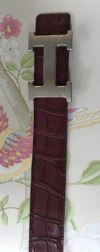 Hermès Cinturón de cuero burdeos-carmín Cuero