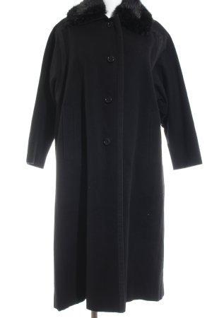 Resi Hammerer Wollmantel schwarz klassischer Stil