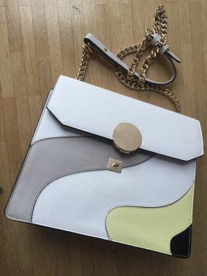Retro-Design: Stylishe Tasche von LYDC London