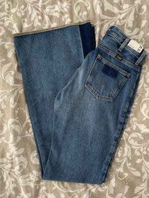Wrangler Jeans a zampa d'elefante blu-blu scuro