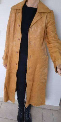 Manteau en cuir brun sable