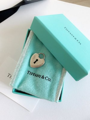 Tiffany&Co Dije color plata