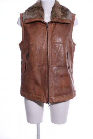 Reverso Leather Vest brown casual look