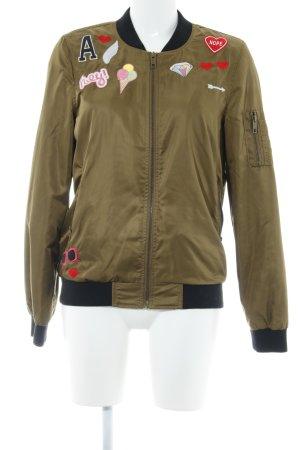 Review Blouson ocker-schwarz Street-Fashion-Look