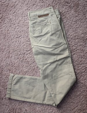• Review Chinohose im Used-Look