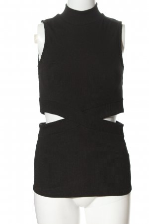 Review Cut Out Top black casual look