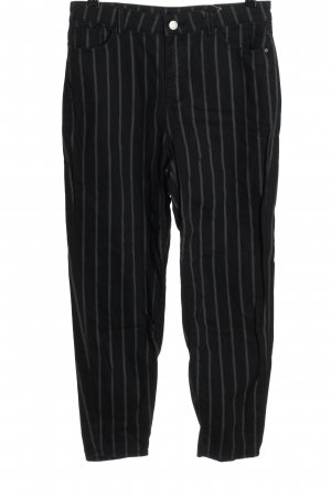Review Five-Pocket Trousers black-white allover print casual look