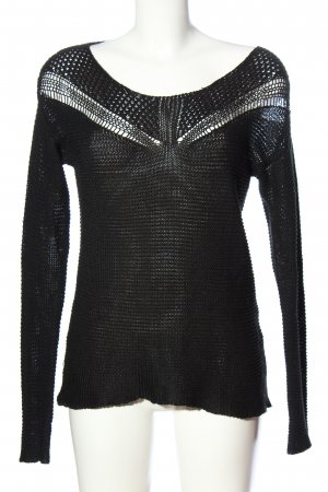 Review Crochet Sweater black casual look