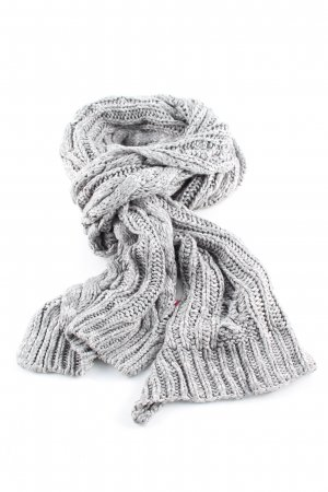 Review Crochet Scarf light grey cable stitch casual look