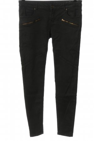 Review Low-Rise Trousers black casual look