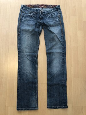 Review Jeans 28