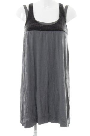 Review Vestido de tela de jersey azul pálido-negro look casual