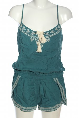 Review Kurzer Jumpsuit green embroidered lettering casual look