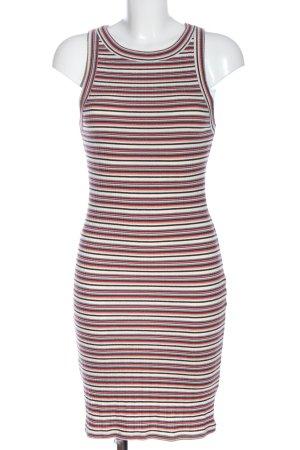 Review Mini vestido estampado a rayas look casual