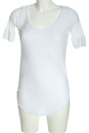 Review Camisa acanalada blanco look casual