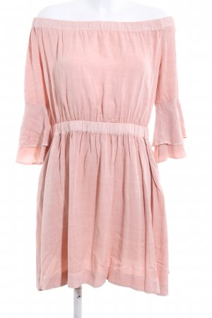 Review schulterfreies Kleid pink Casual-Look