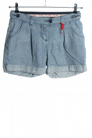 Review Shorts blau-weiß Allover-Druck Casual-Look