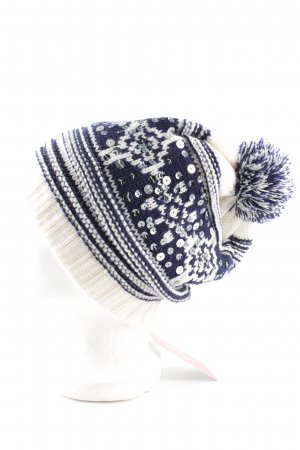 Review Knitted Hat abstract pattern casual look