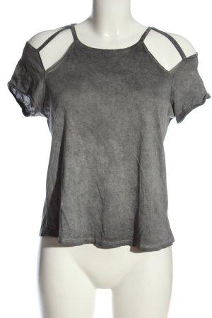Review T-Shirt hellgrau Casual-Look